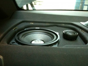 BMW Rear Speakers Upgrade With Component Kit