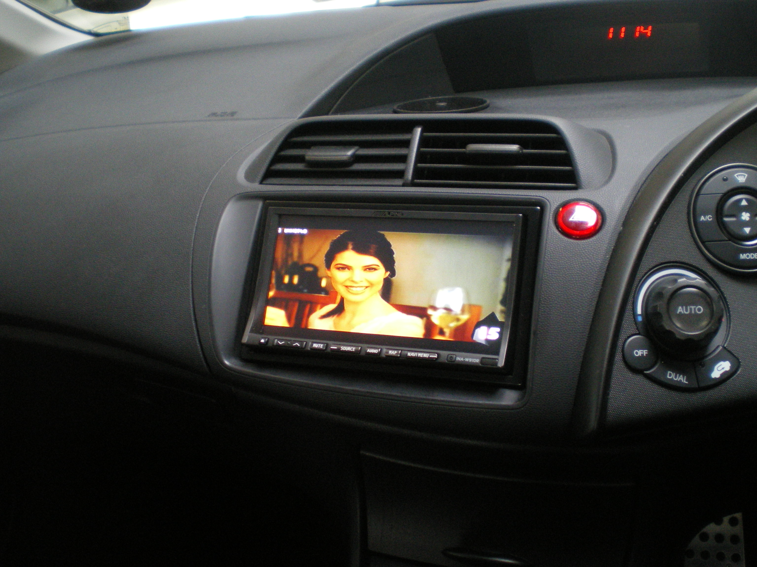 Honda Civic Double Din Alpine Screen K And M Acoustics